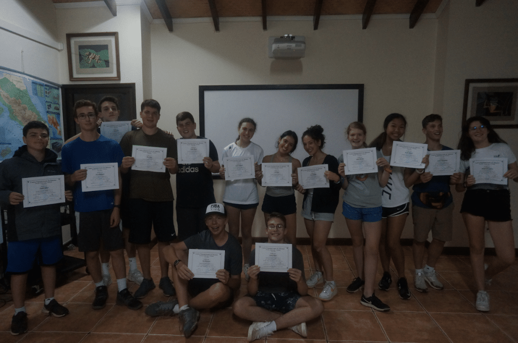 high school students visiting classroom in costa rica